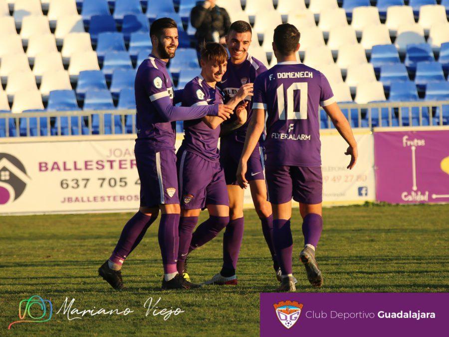 Cómoda victoria del Deportivo Guadalajara que hizo los deberes en la primera parte (3-0)