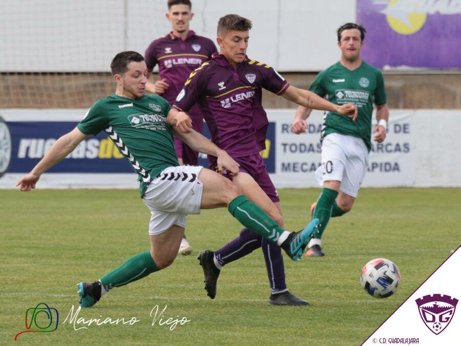 El Deportivo tropieza en Marchamalo y se queda fuera de los tres primeros (3-2)