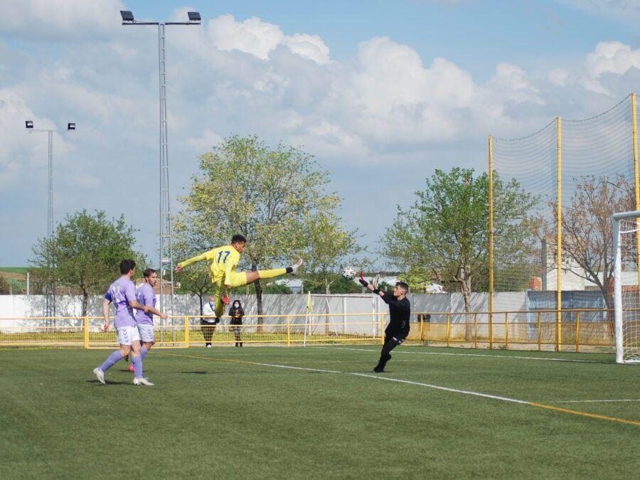 Un valiente Juvenil cae frente el líder (5-0)