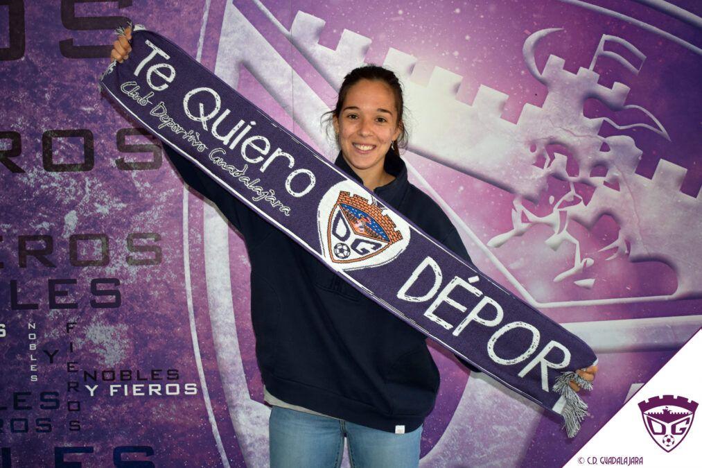 María Barrios, nueva jugadora del Deportivo Guadalajara